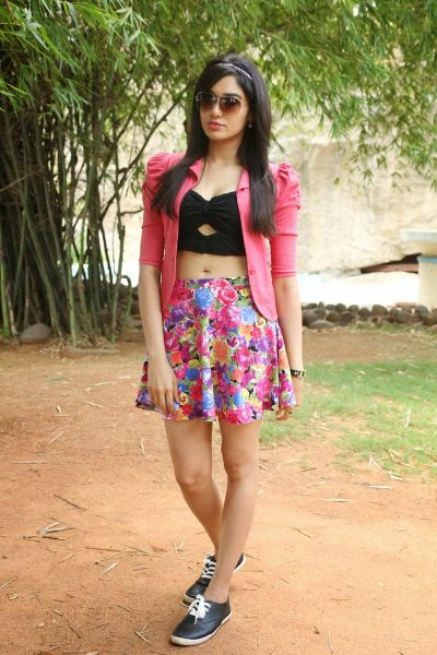 Adah Sharma latest sizzling photos