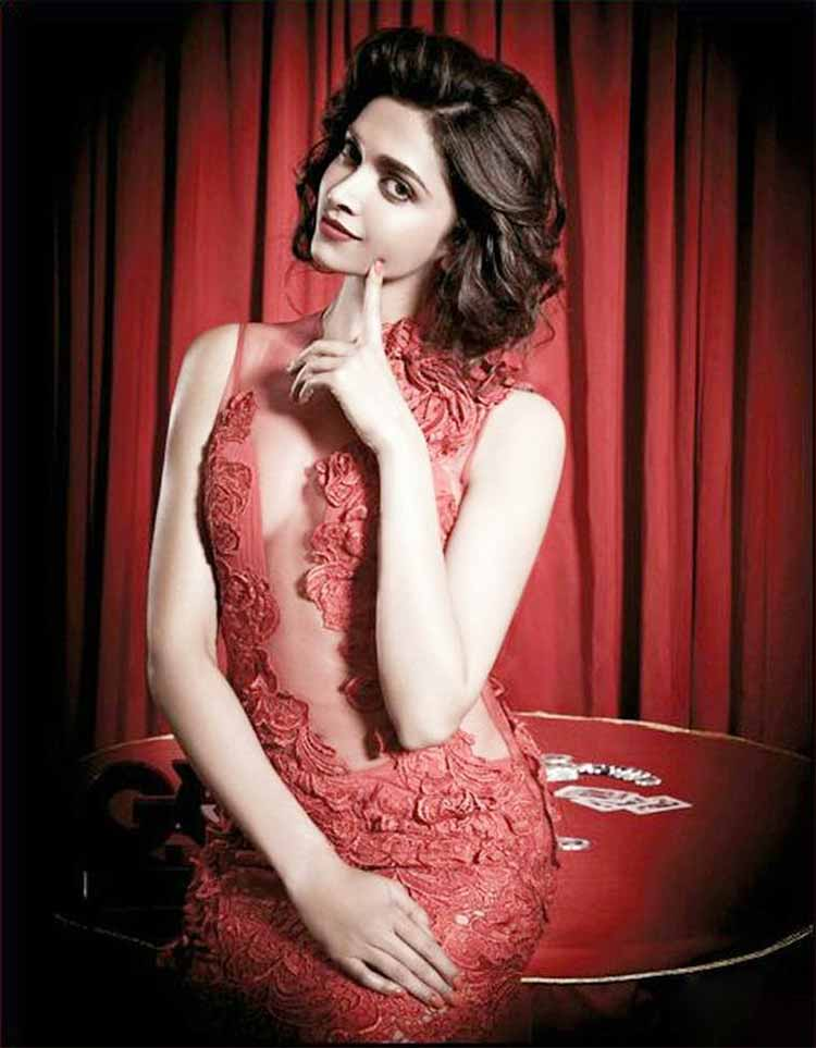 Hot & sexy Deepika Padukone looks spicy hot in red dress
