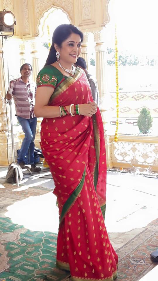 Ramya-Krishna-beautiful-look-in-saree Ramya Krishnan Scorching Bikini Picture