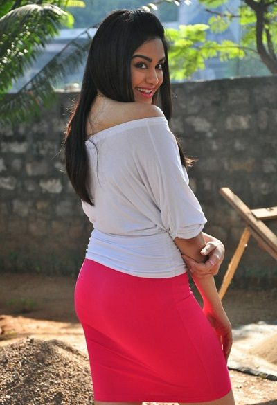 adah sharma hd hot photos in garam movie