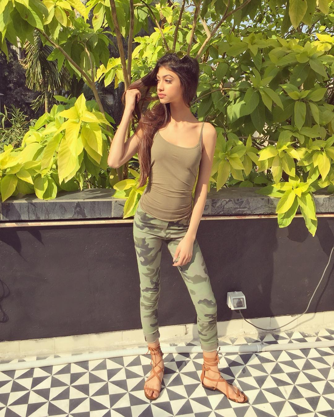 Chunky Pandey S Niece Alanna Panday Feet Wiki Bio Age Bikini Photo Image Photo Tadka Alanna panday is an indian film actress, model and celebrity based in mumbai with connection with the eminent film star chunkey panday. chunky pandey s niece alanna panday