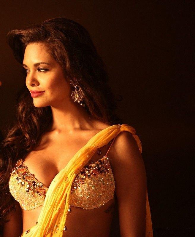 Meera jasmine hot photoshoot celebrity