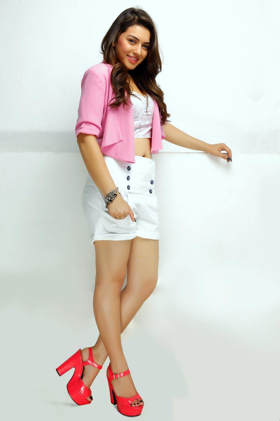 Tamil Heroine Hansika Motwani Hot In Mini White Short