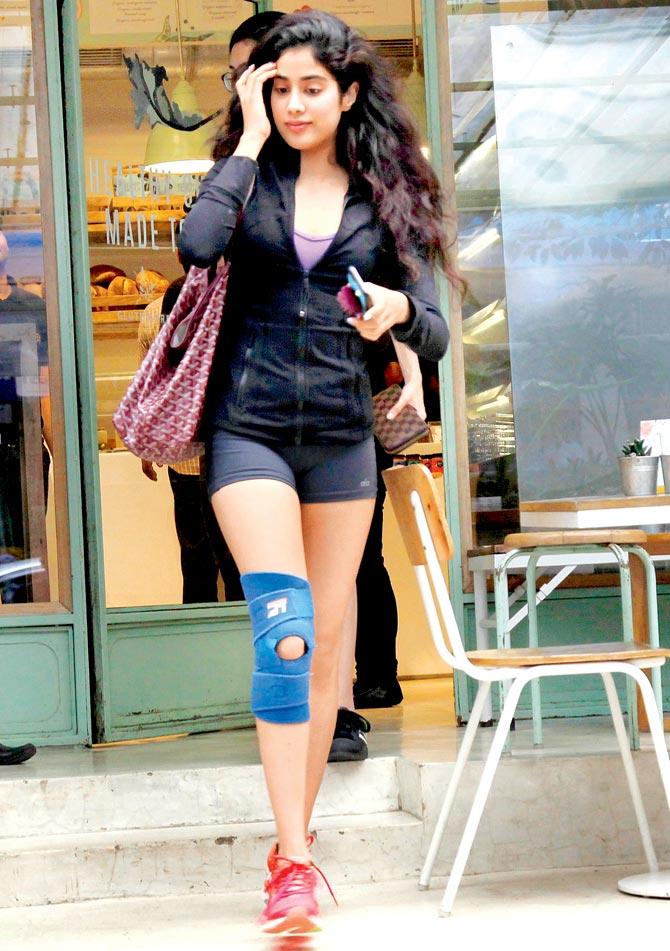 Sonia agarwal hot photoshoot celebrity