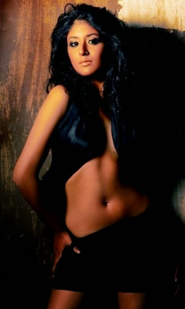 Kritika-Kamra-Sexy-Image