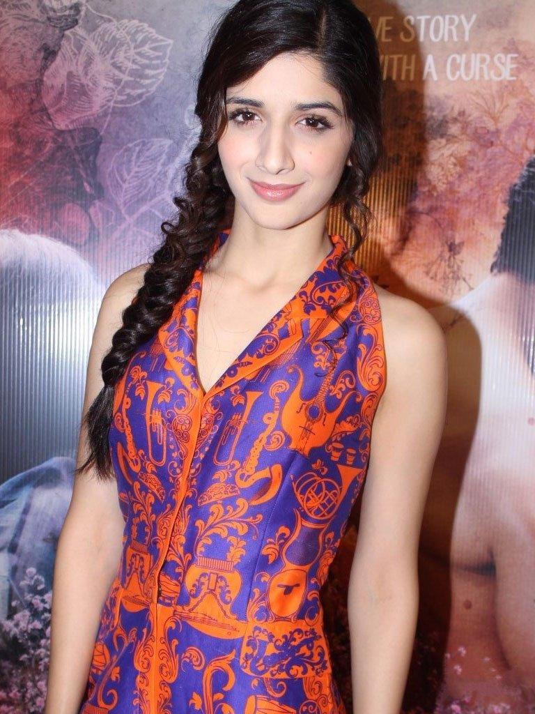 Mawra Hocane pics sanam teri kasam stars latest images