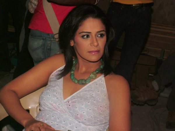 Mona Singh photo
