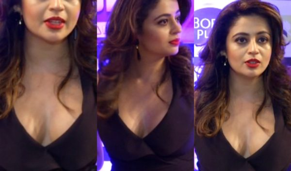 Neha-Pendse-Hot-boobs-oops-moment-600x353 Neha Pendse 15+ Picture's of Tremendous Scorching Unseen Bikini Swimsuit Pics & Wallpapers