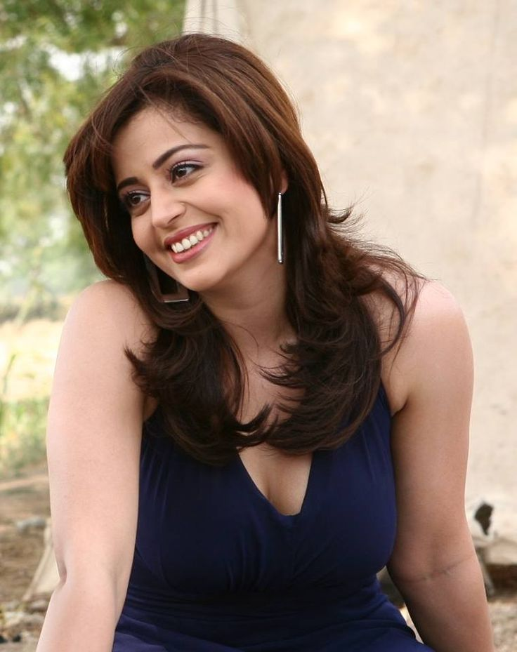 Neha-Pendse-hot-clevage Neha Pendse 15+ Picture's of Tremendous Scorching Unseen Bikini Swimsuit Pics & Wallpapers