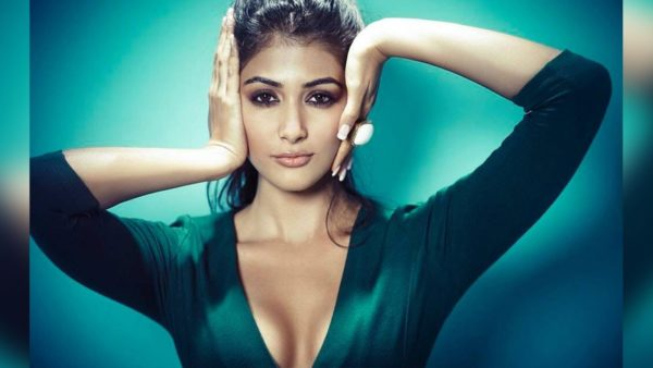 Pujahegdhe Bra Size: Pooja Hegde 15+ Photo's Of Super Hot Unseen Bikini