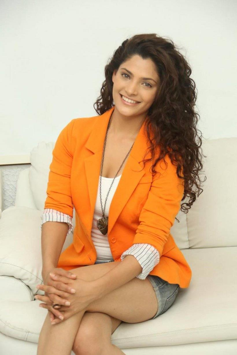 Saiyami-Kher-pic Saiyami Kher 15+ Pictures of Tremendous Scorching Unseen Bikini Swimsuit Pics & Wallpapers