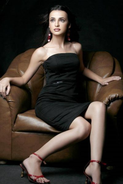 Sanaya Irani Model on her Own legs into Bollywood Acting