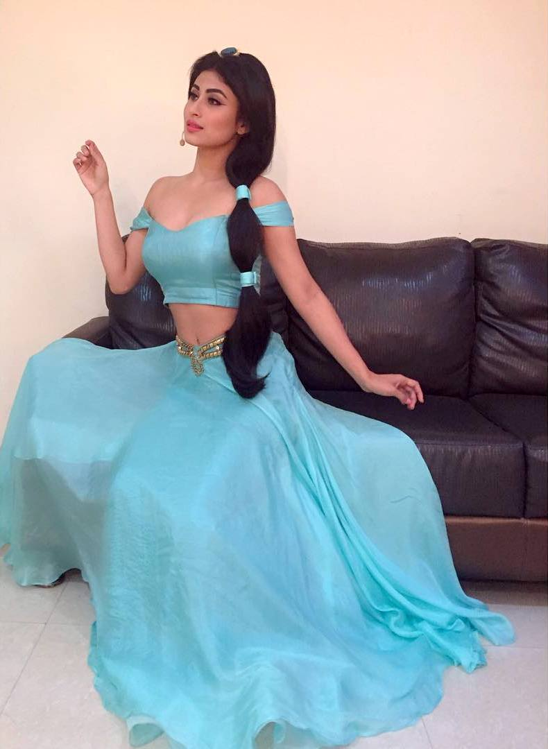 mouni-roy-jasmine-Dress-Photos Mouni Roy 15+ Scorching Photograph's in Bikini Swimsuit Pictures Horny Wallpapers