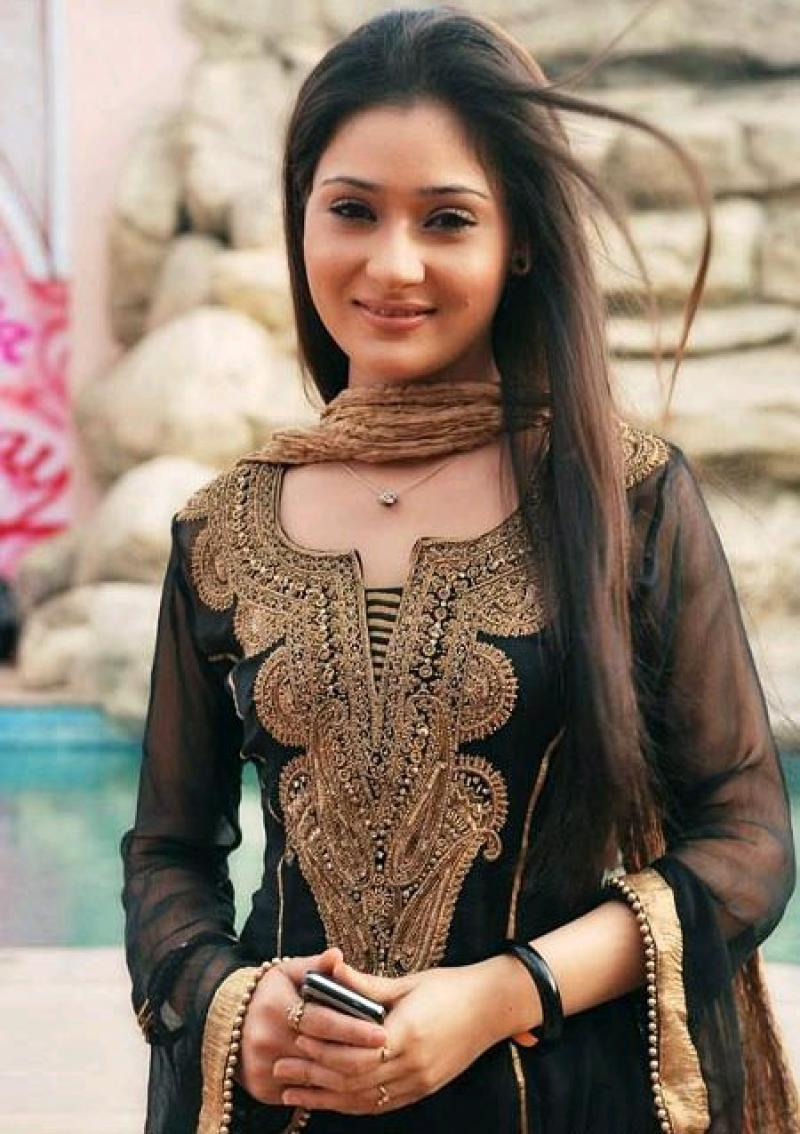 sara-khan-wiki Sara Khan Bikini Photograph, Ft Wiki 21+ Pictures of Tremendous Sizzling Unseen Attractive Swimsuit Pics & Wallpapers