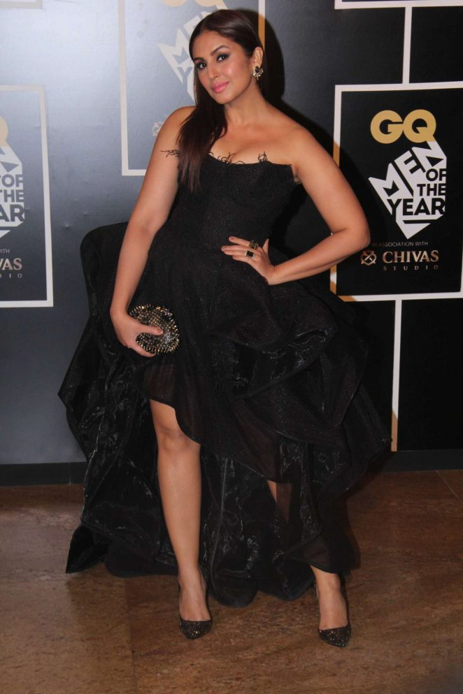 Huma-Qureshi-Indias-Men-of-the-Year-Awards Huma Qureshi 11+ Unseen Bikini Bra Swimsuit Pictures Age & Wiki