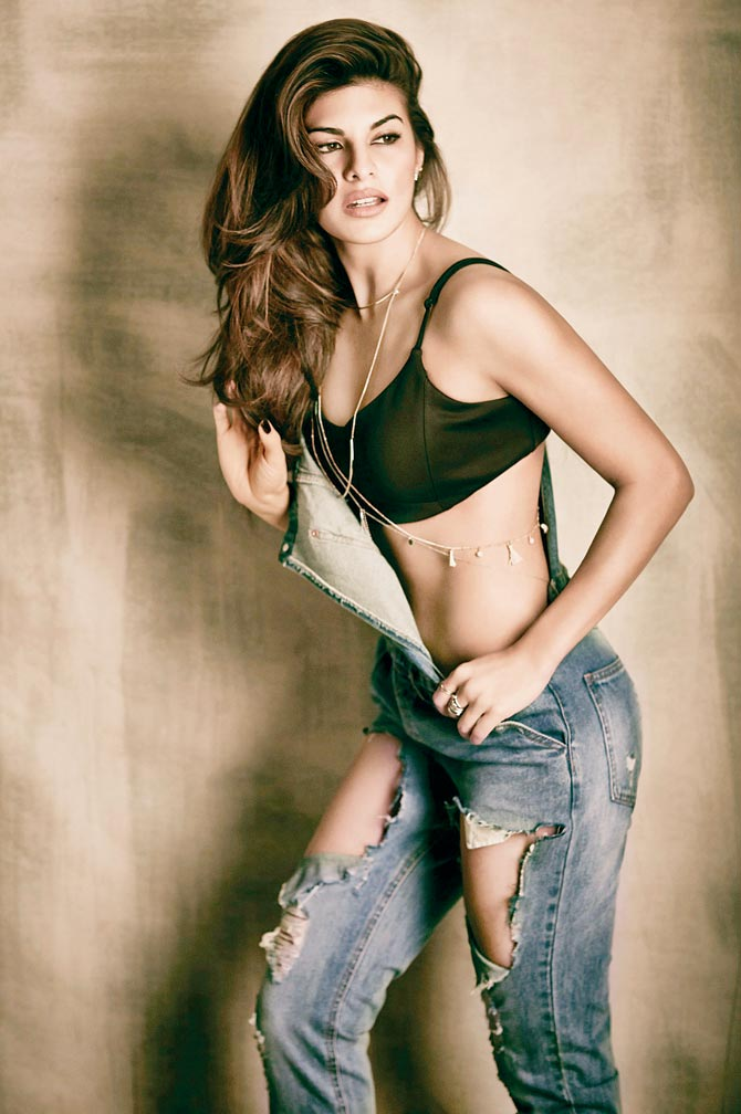 Jacqueline-Fernandez-Hot-and-Sexy-Images Jacqueline Fernandez 11+ Unseen Bikini Picture Scorching Horny Swimsuit Images Toes Wiki