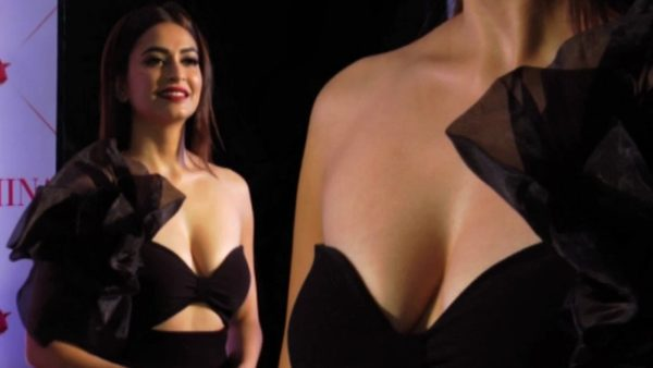 Kriti-Kharbanda-Hot-Cleavage-Photos-600x338 Kriti Kharbanda 11+ Unseen Bikini Swimsuit Images Age & Wiki