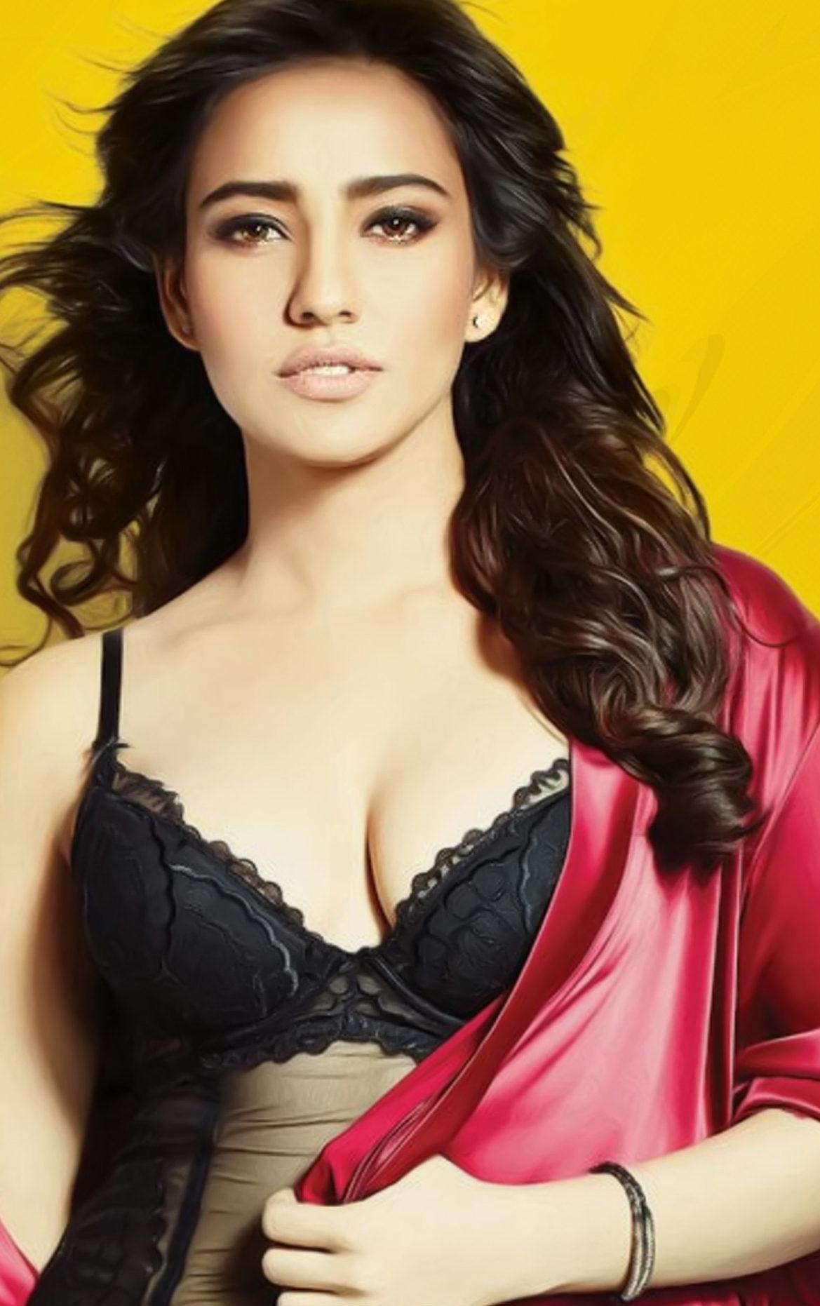 Neha-Sharma-Boobs-Cleavage-pics-e1501864066825 Neha Sharma 11+ Unseen Bikini Swimsuit Photographs Age & Wiki