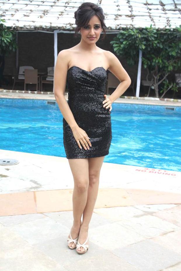 Neha-Sharma-hot-Pics Neha Sharma 11+ Unseen Bikini Swimsuit Photographs Age & Wiki