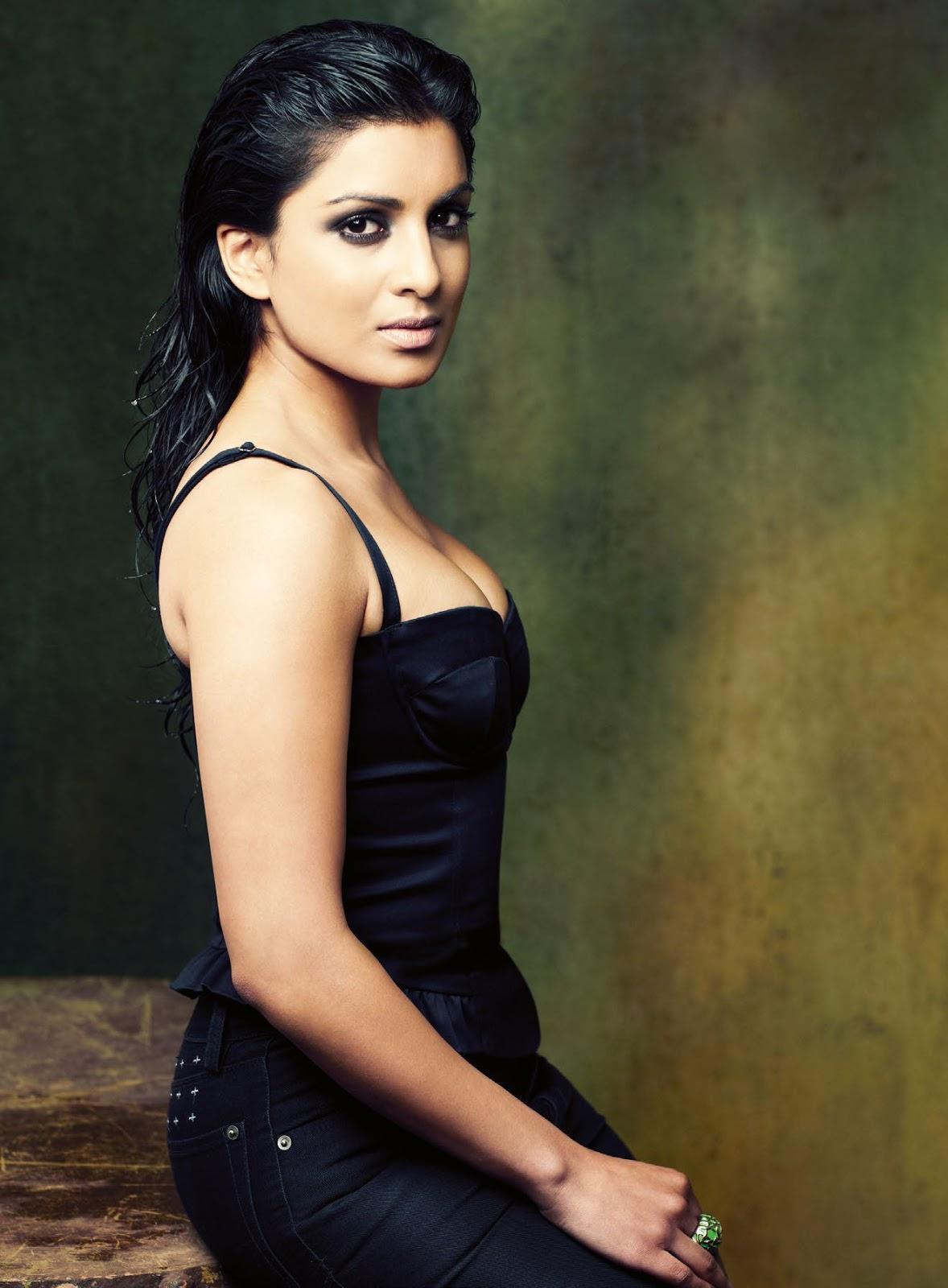 Pallavi-Sharda-Sexy-Look Pallavi Sharda 11+ Unseen Bikini Picture Swimsuit Pictures Age & Ft Wiki