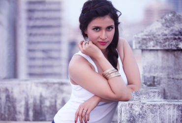 Mannara Chopra hot Wallpapers