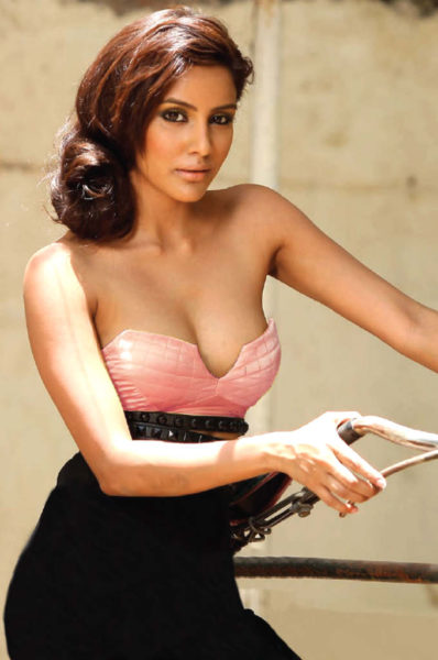 Priya Anand Huge Boobs Cleavage Photos