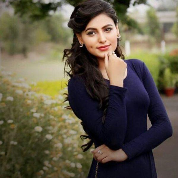 Aakansha Sareen Beautiful Photo
