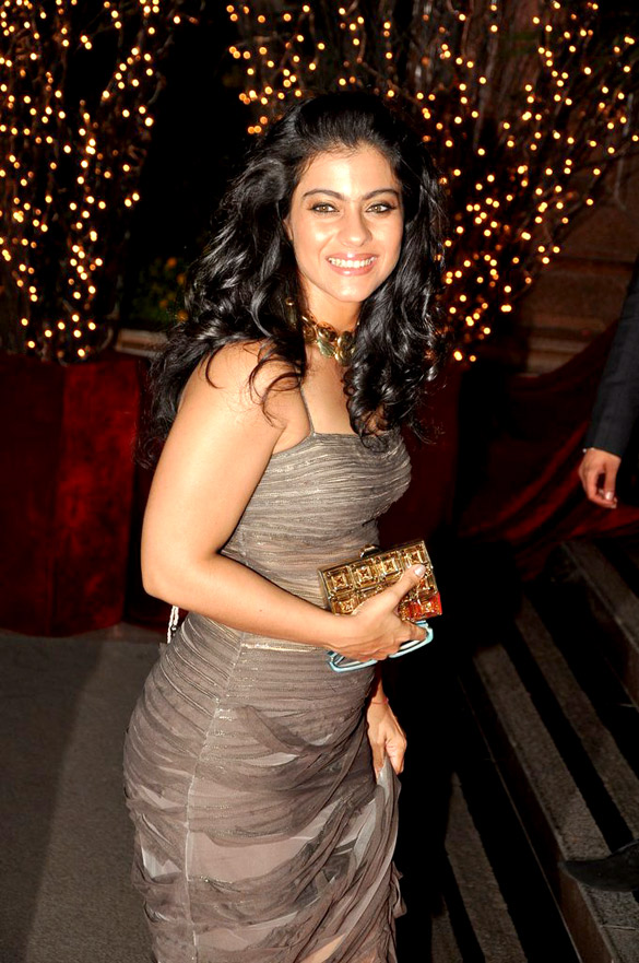 Kajol-Biography Scorching & Sexy Kajol Devgan Wiki Age Peak Bikini Swimsuit {Photograph}