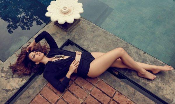 Kiara-Advani-Swimsuit-Photoshoots-600x359 Kiara Advani Wiki Bio Age Peak Weight Scorching Bikini {Photograph} & Image