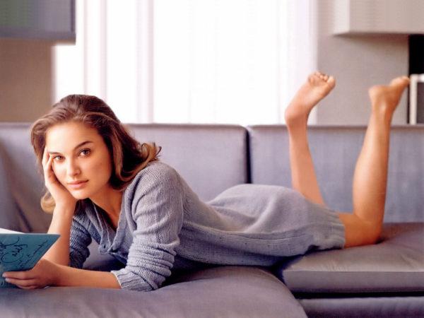 Natalie-Portman-Hot-Image-600x450 Actress Natalie Portman Biography Age Wiki Top Sizzling Bikini Images